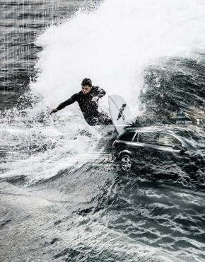 Berlin-Surfing-I-Lorenz-Holder